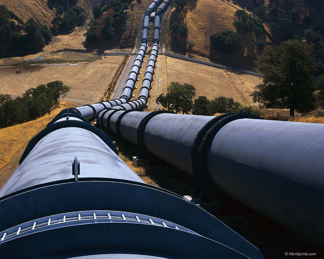 Увеличение мощности нефтепровода в направлении КНР через Казахстан обсуждать рано