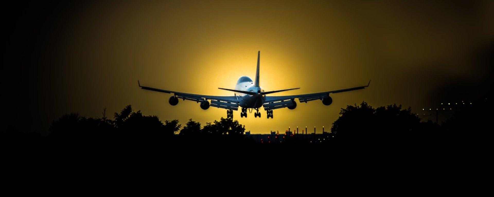 Совершен первый рейс авиакомпании Azerbaijan Airlines из Баку в Алматы