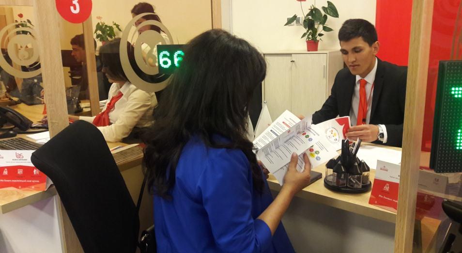 Шымкентских предпринимателей отправили в онлайн