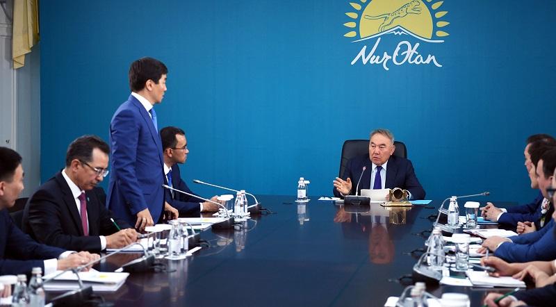 Бауыржан Байбек назначен первым заместителем партии Nur Otan