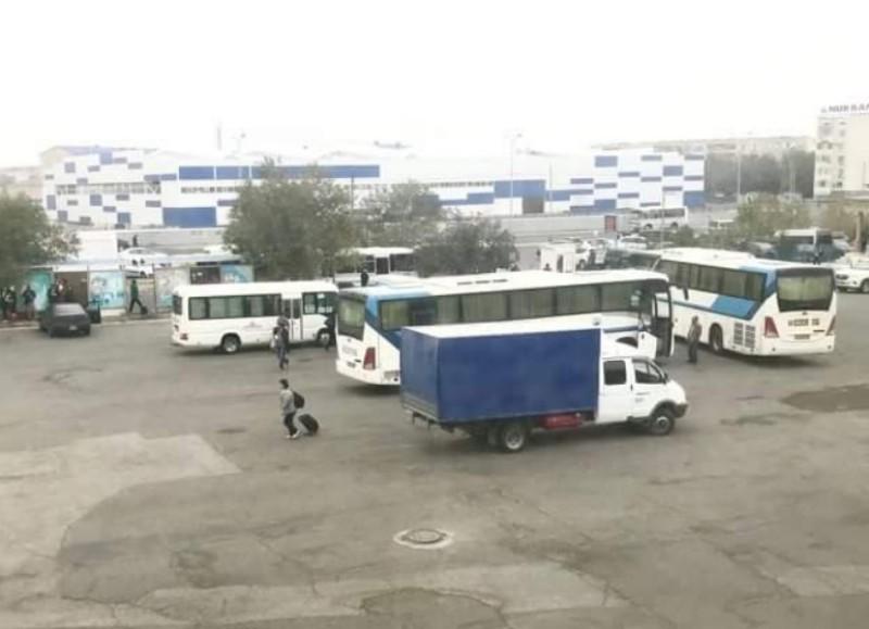 В Атырау запретили въезд на автовокзал машинам с киргизскими и армянскими номерами