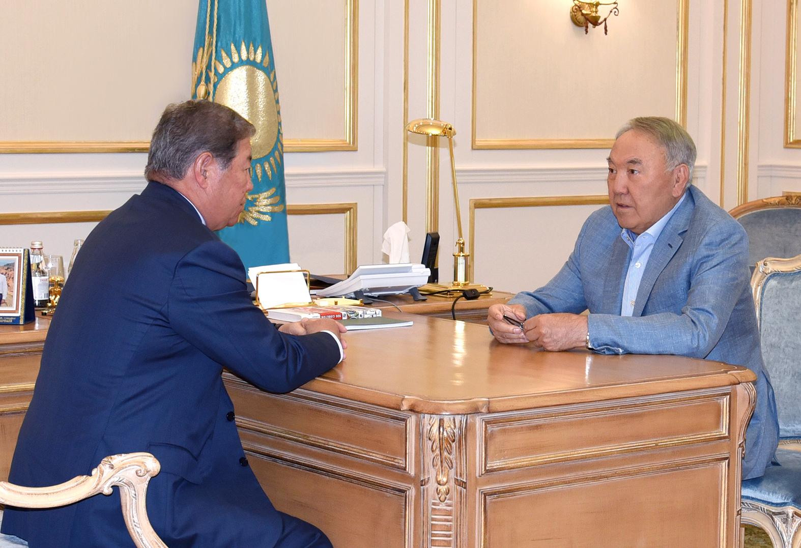 """Назарбаев призвал """"Самрук-Казына"""" подключиться к строительству реабилитационных центров для детей-инвалидов"""