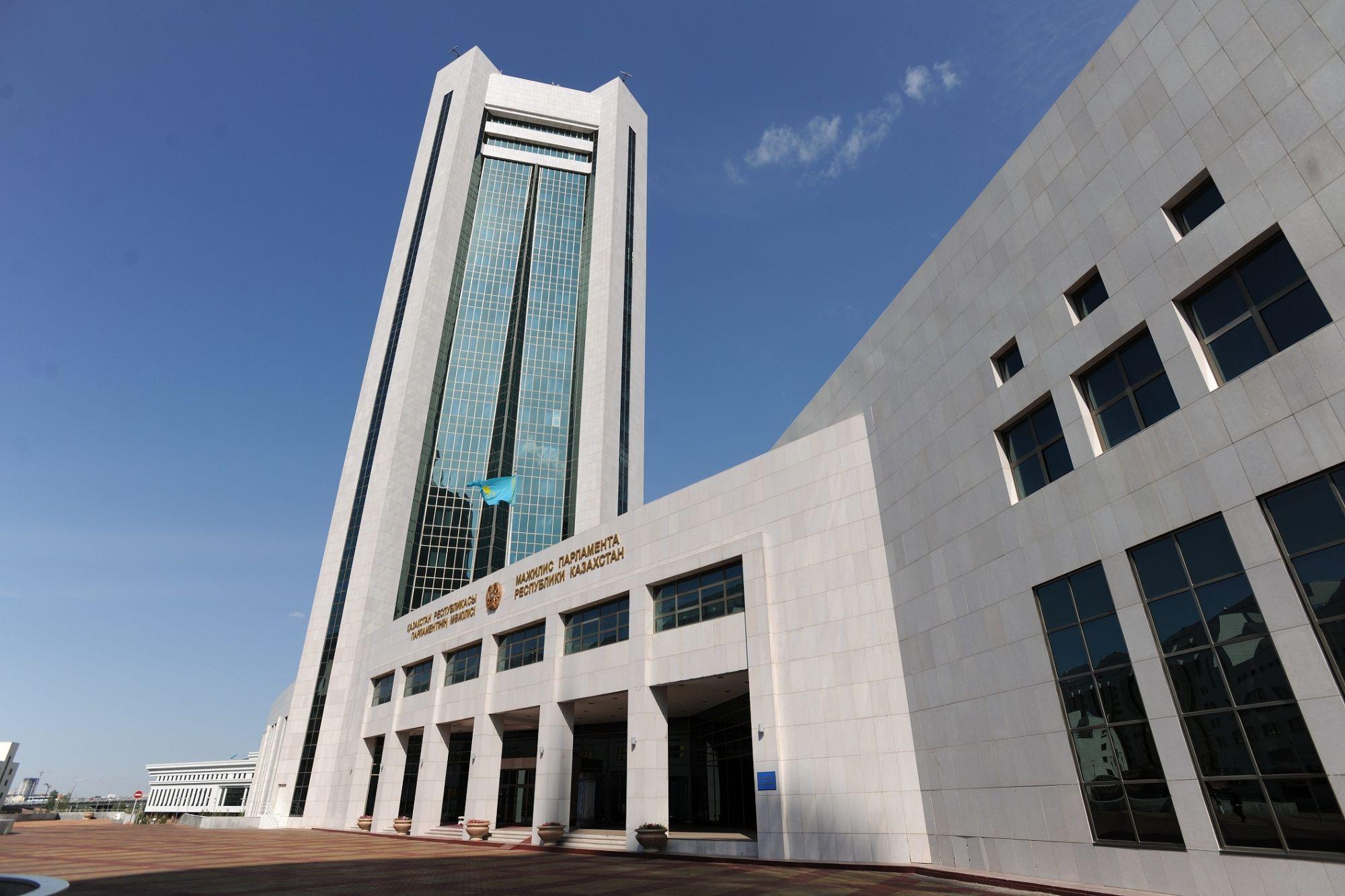 Сроки по ликвидации недействующих предприятий сократят в Казахстане