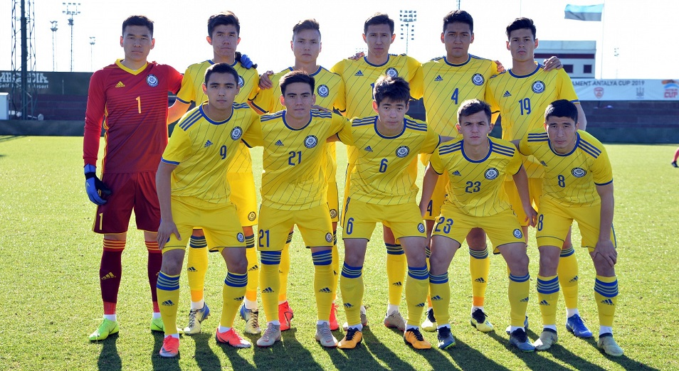 Молодежное Евро-2021: Казахстан остался лидером группы