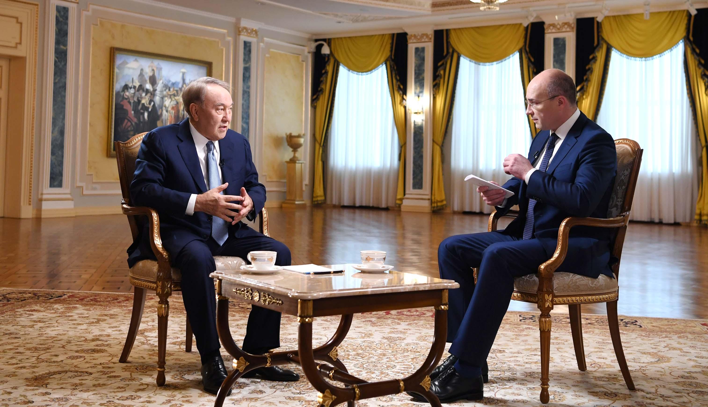 Назарбаев ресейлік телеарналарға сұхбат берді
