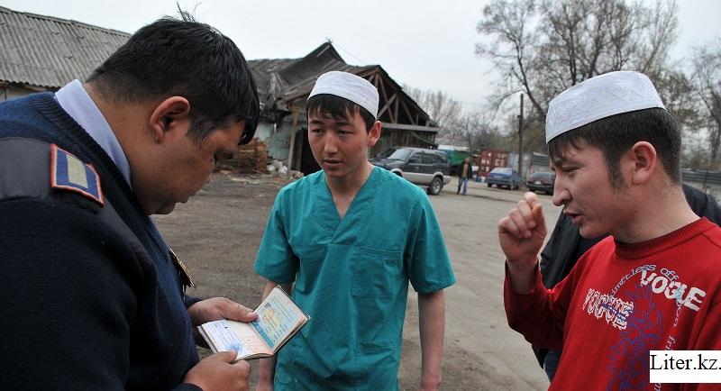Более тысячи нелегальных мигрантов выдворили из Алматы с начала года