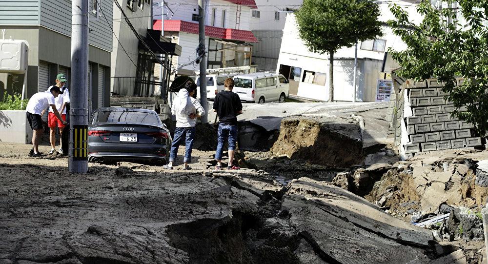 Число жертв землетрясения на Хоккайдо выросло до девяти человек