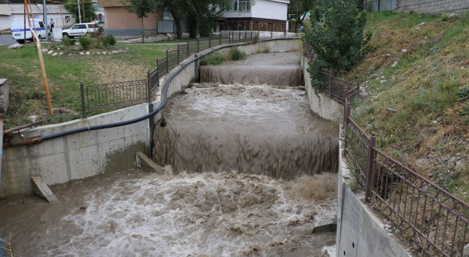 «Казгидромет» предупреждает о подъеме уровня воды на горных реках Алматы из-за дождей