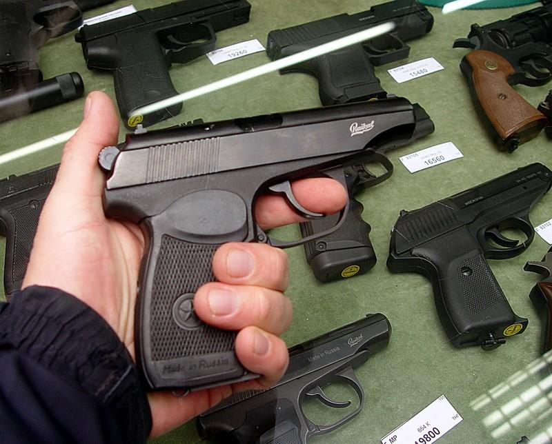 В Казахстане ужесточили правила приобретения пневматического оружия