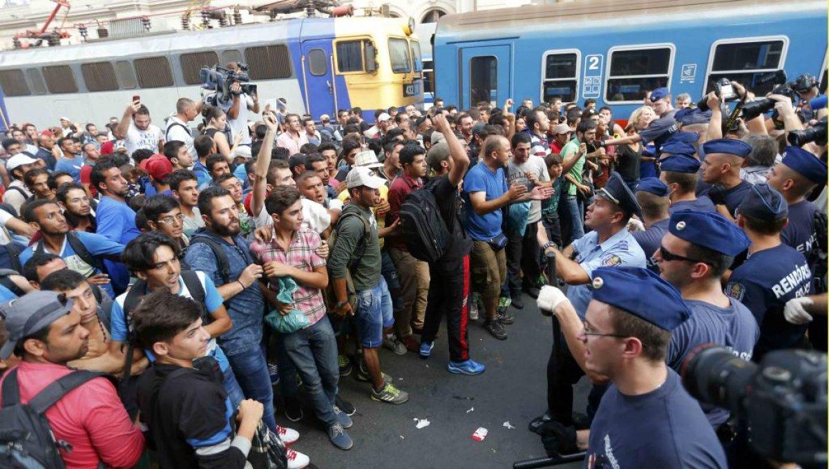 В ЕС могут прорваться 20 тыс вооруженных мигрантов