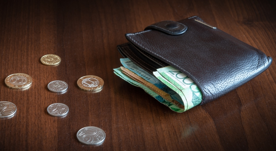 Выплаты по потере работы в Казахстане удвоились