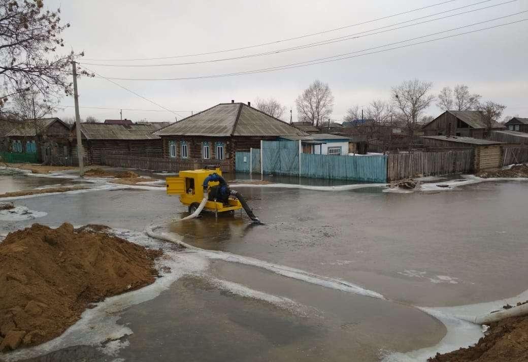 До 80 жилых домов и две школы могут быть подтоплены в Атбасаре из-за весеннего половодья