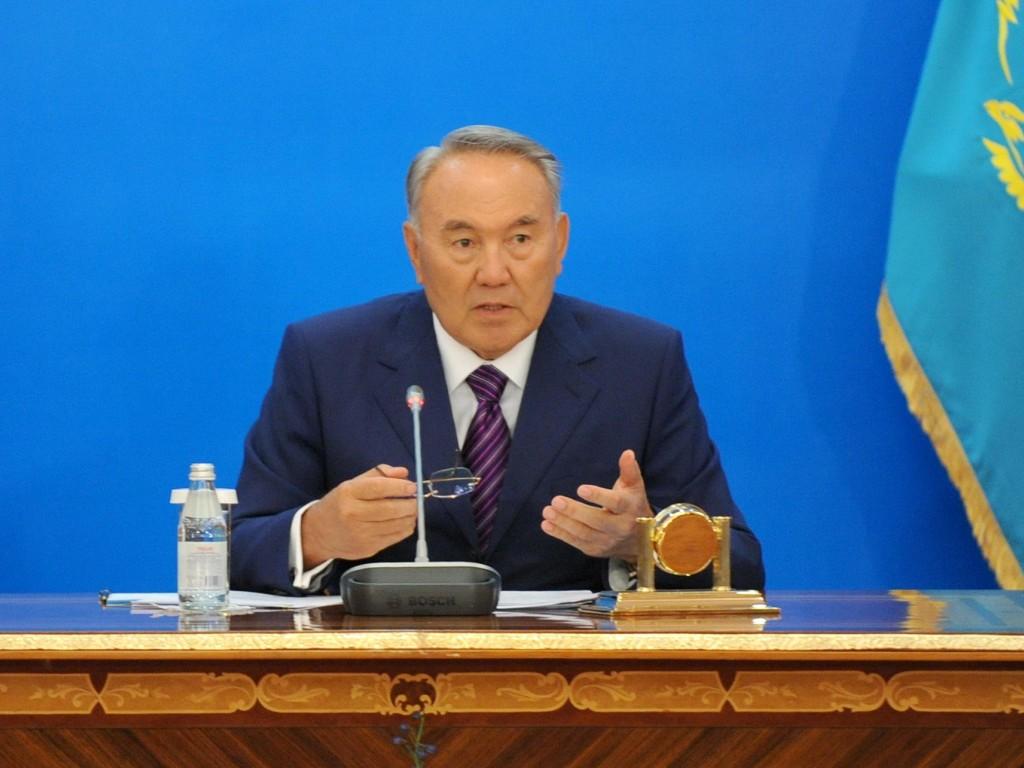 Карт-бланш для Масимова: Назарбаев огласил социальное послание