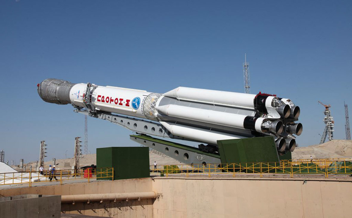"""Запуск с Байконура ракеты """"Протон-М"""" с двумя спутниками связи запланирован на 9 октября"""