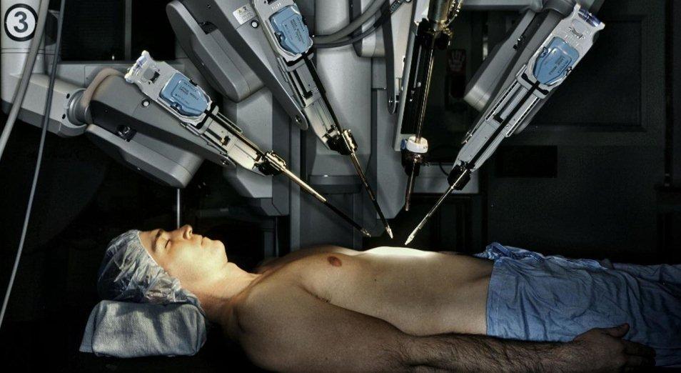 В ВКО провел операцию робот-хирург