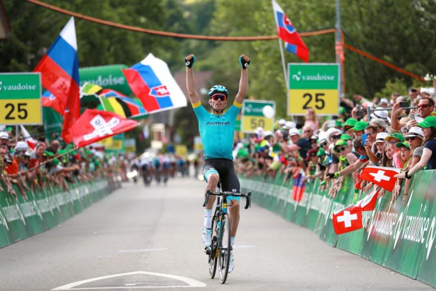 """""""Тур Швейцарии"""": гонщик """"Астаны"""" одержал победу на втором этапе велогонки"""