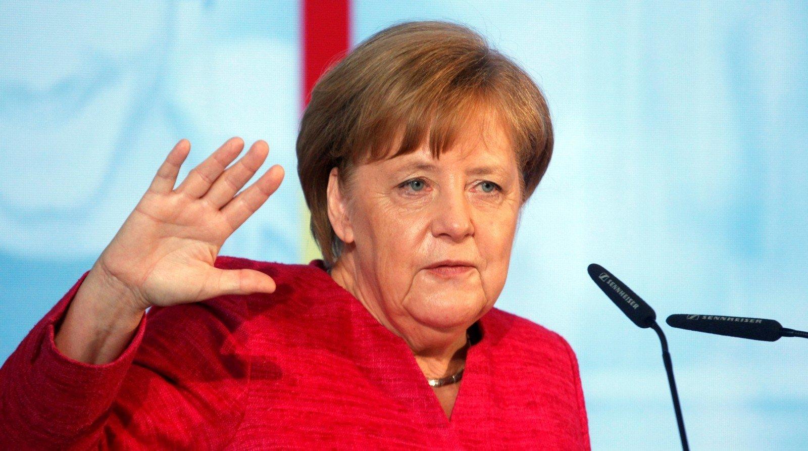Меркель не исключила, что третий раунд саммита ЕС может закончиться безрезультатно