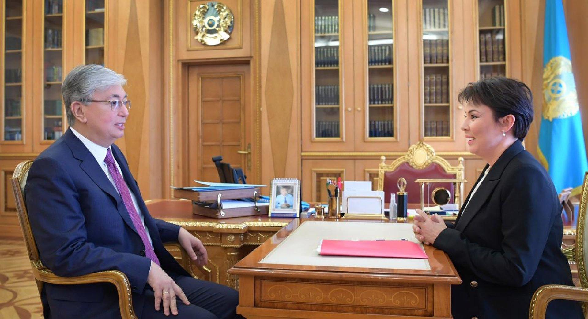 Касым-Жомарт Токаев встретился с главой фонда «Милосердие» Аружан Саин