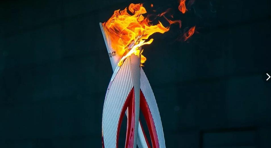 Токио получил олимпийский огонь