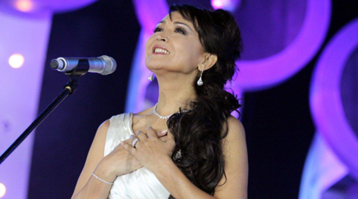 Казахстанские оперные певцы дали концерт в Индии
