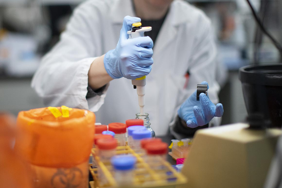 Число заболевших коронавирусом в Казахстане увеличилось до 2660