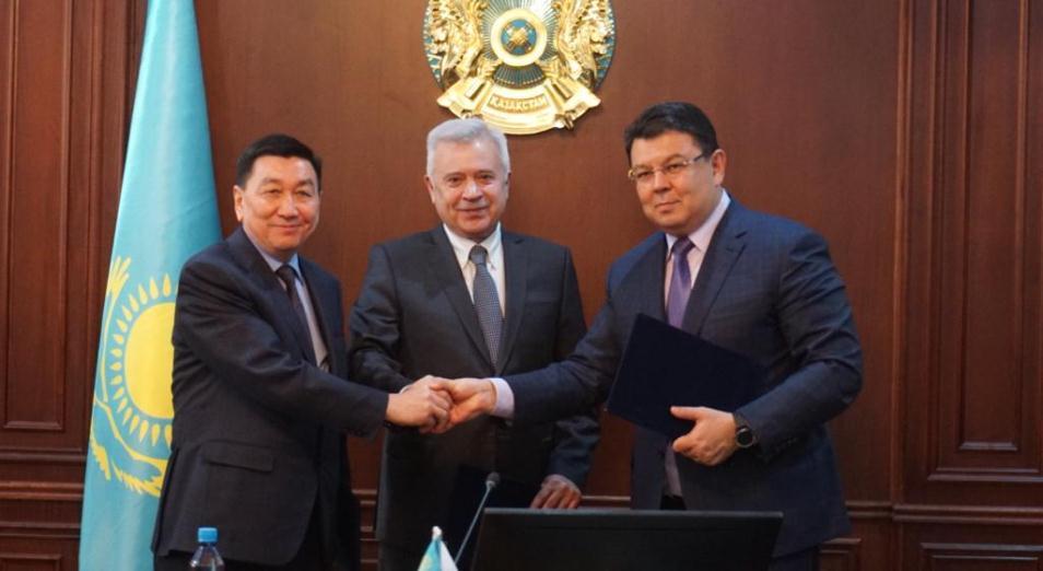 «КазМунайГаз» создаст СП с российским «Лукойлом» для освоения морского участка Женис