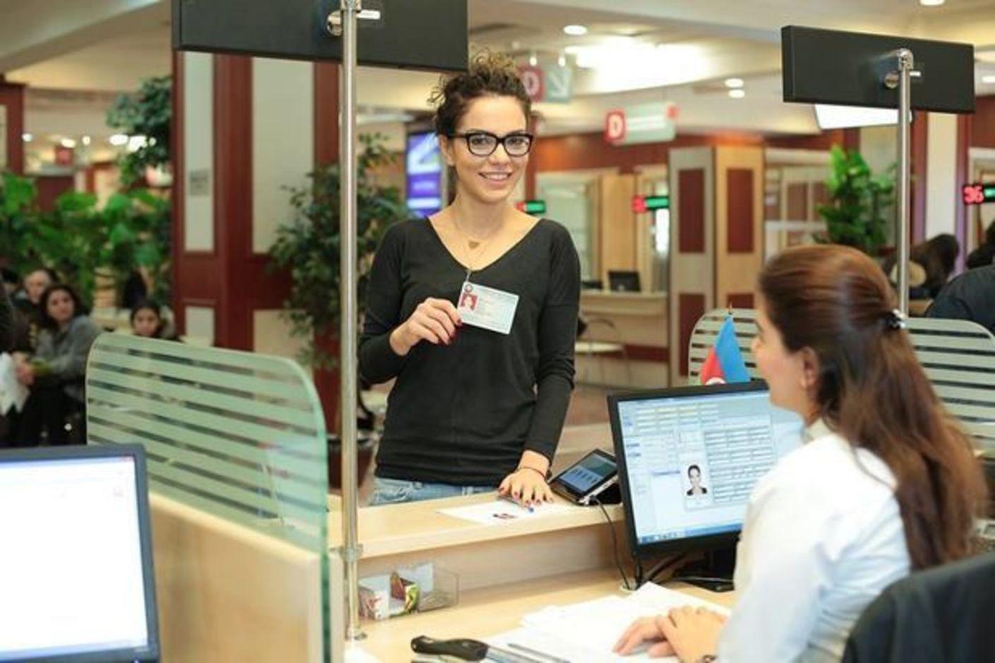 Страховая компания «Евразия» перестраховала партию биометрических документов для азербайджанцев