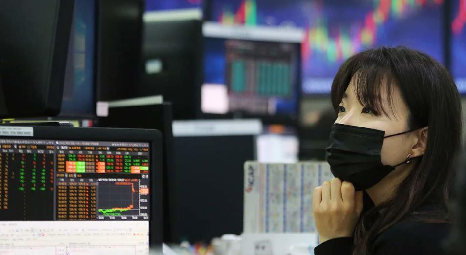 Ослабление карантина в мире ускоряет распространение COVID-19