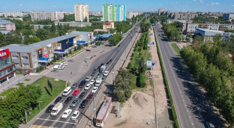 Почти полтора миллиарда тенге потратят на асфальтирование проспекта Назарбаева в Павлодаре