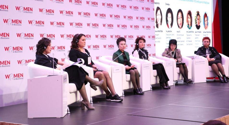 Необходимость привлекать женщин в систему STEM обсудили в Алматы