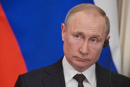 Путин: Ресей бірінші болып вакцинаны тіркеді