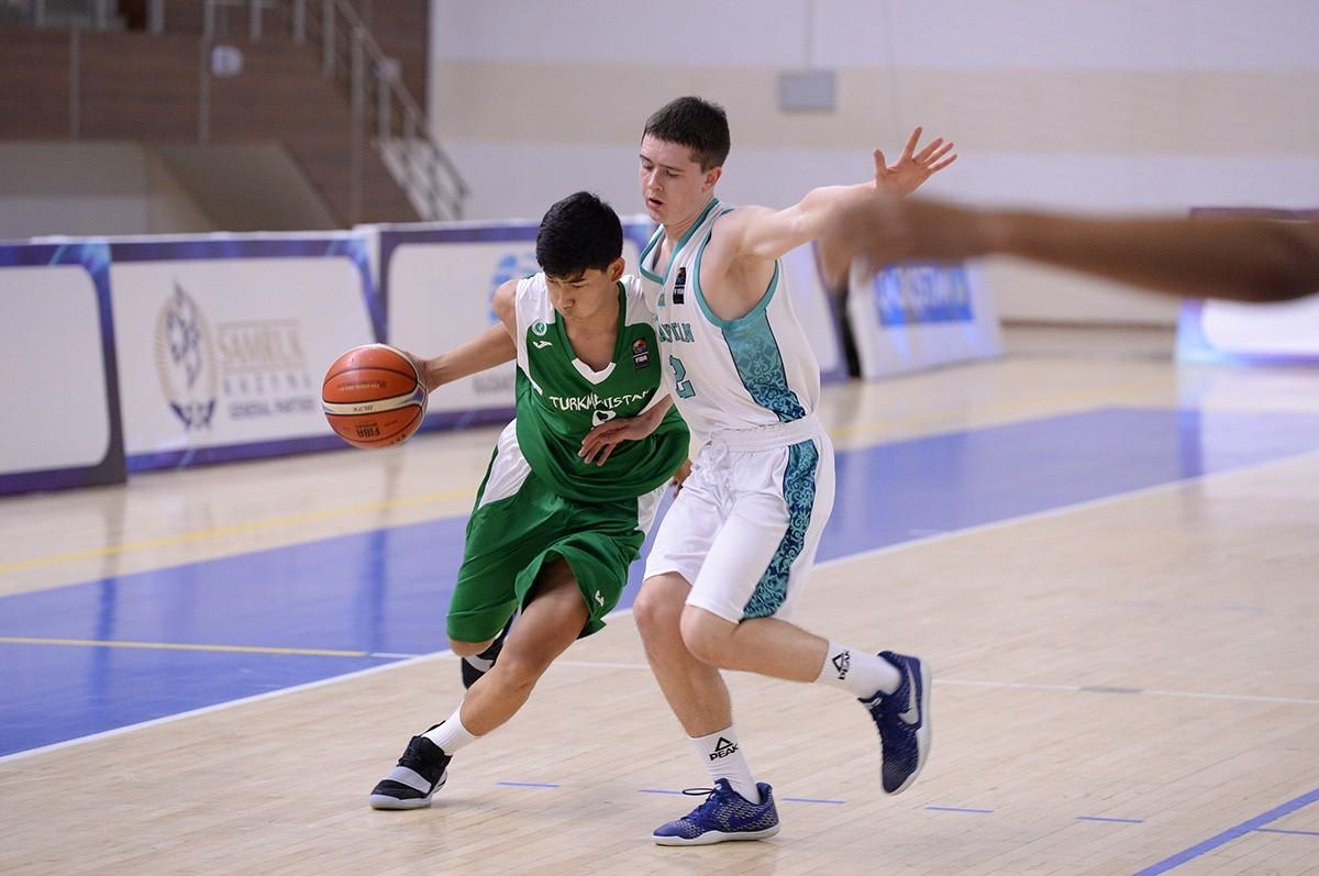 Команда Казахстана по баскетболу U-16 обыграла Туркменистан