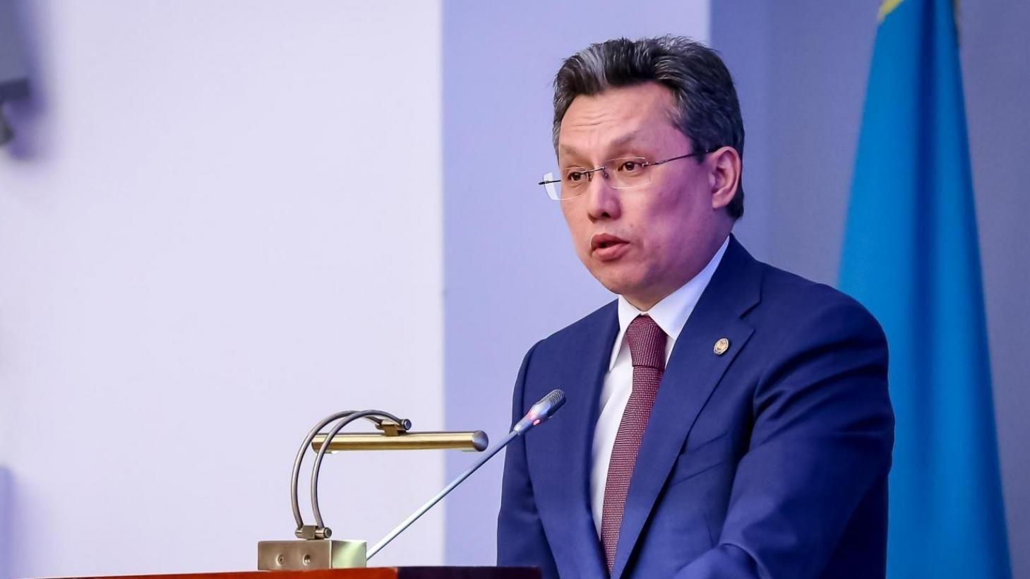 Бахыт Султанов выразил соболезнование семьям погибших в аварии