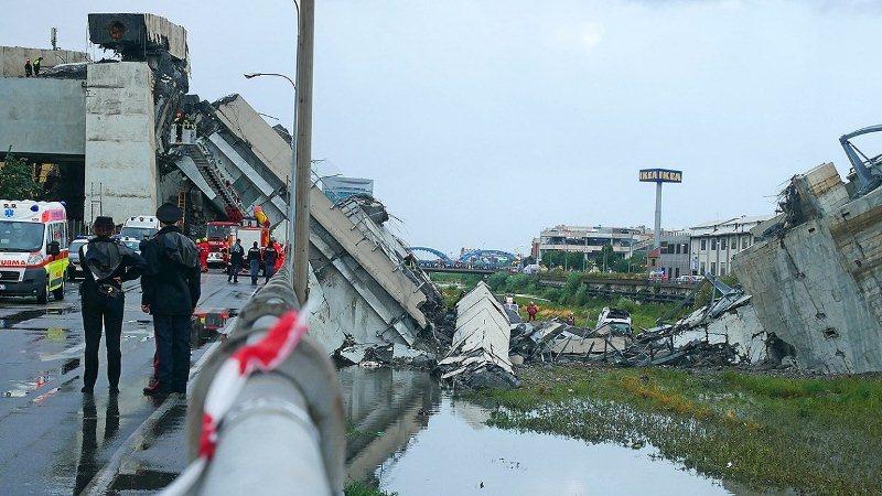 Число жертв обрушения моста в Генуе возросло до 41