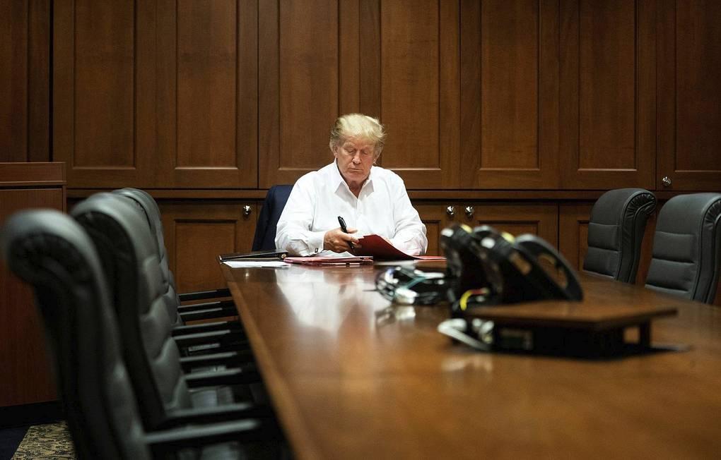 Дональда Трампа могут выписать из больницы уже сегодня