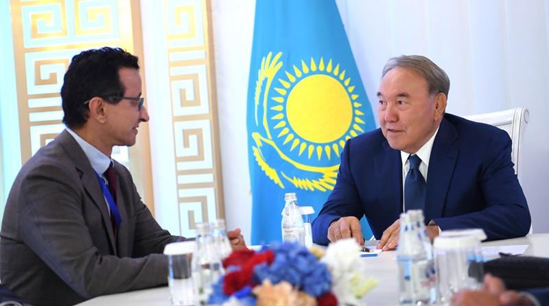 Президент Казахстана встретился с председателем совета директоров DP World