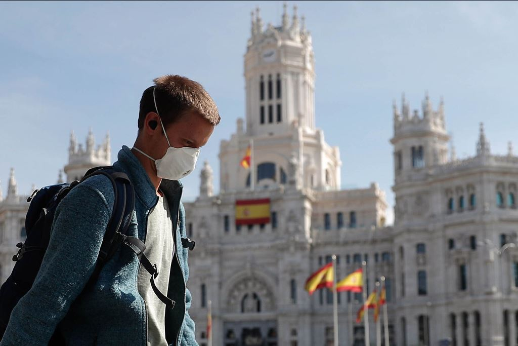Иностранные туристы смогут посещать Испанию с июля