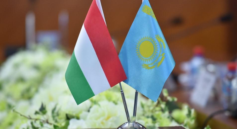 «Венгрия ратует за упрощение визового режима для казахстанцев»