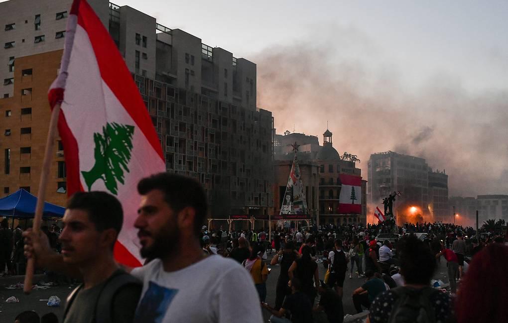 В центре Бейрута произошли столкновения между протестующими и силовиками