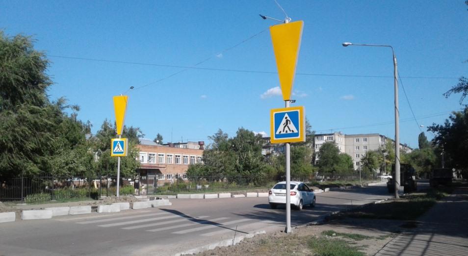 В Усть-Каменогорске разгорается скандал вокруг новых дорожных знаков
