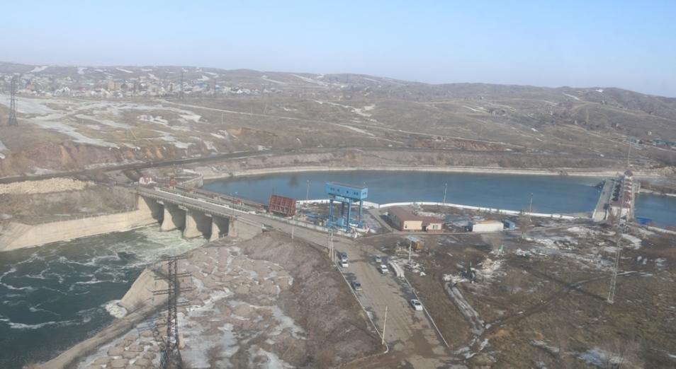 Сброс воды на Самаркандском водохранилище увеличен до 250 куб./сек