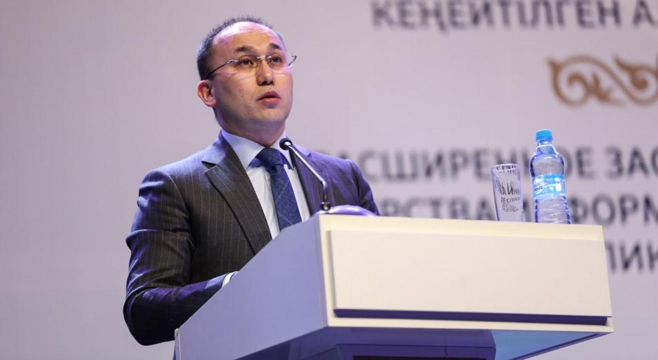 Новые правила аккредитации СМИ примут только при достижении консенсуса – Даурен Абаев