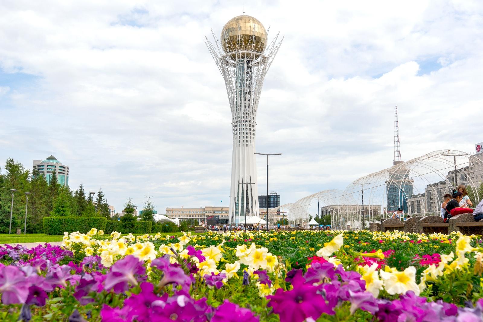 Казахстанцам не придется менять документы в связи с переименованием столицы