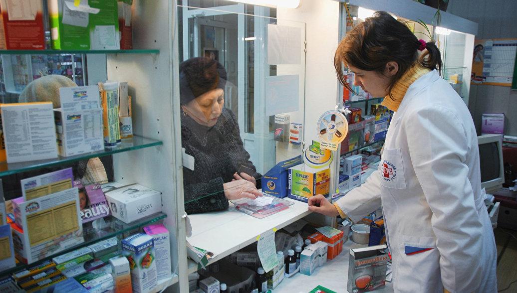 В Казахстане запретят свободную продажу в аптеках не всех лекарств, а лишь рецептурных – глава Минздрава