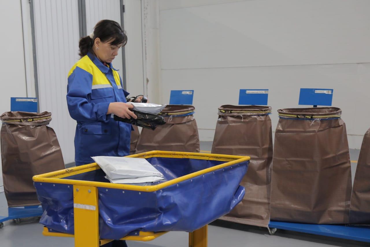Региональный почтовый хаб открыт в Актобе, который будет принимать отправления из СНГ и КНР