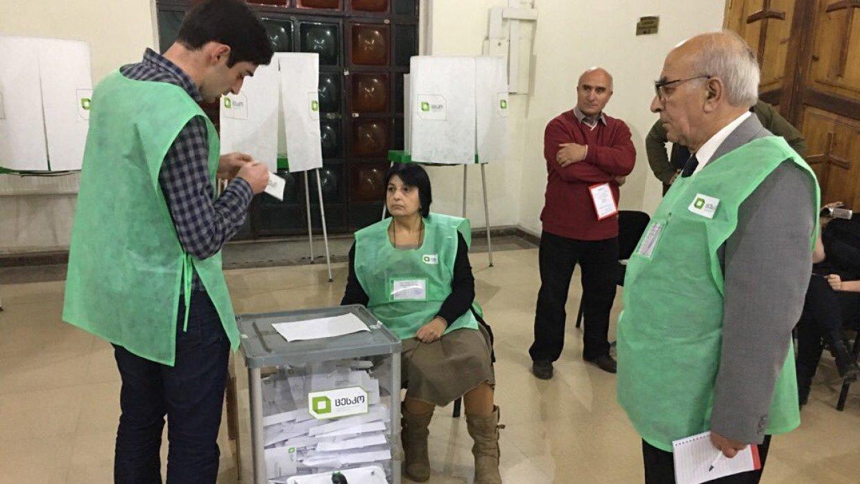 Кандидаты в президенты Грузии не набрали необходимого числа голосов для победы