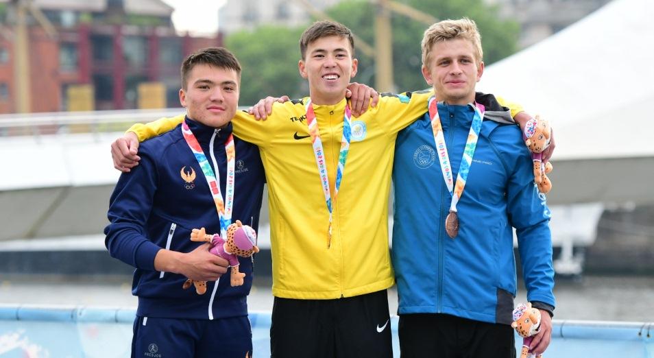 ЮОИ-2018: гребцы подняли Казахстан на 13-е место общего зачёта