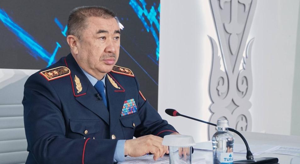 Вспышки гнева: о происшествиях в Сатпаеве и Шорнаке рассказал глава МВД