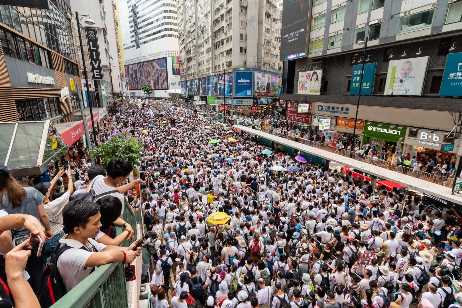 Протесты в Гонконге привели к проблемам на рынке занятости