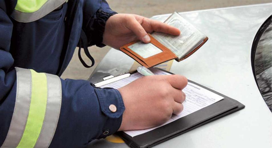 Лишать водительских прав предлагают без суда